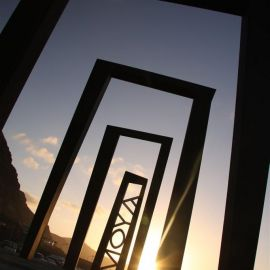 entering_moya