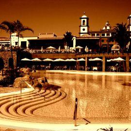 hotel_del_conde_meloneras_bacardi_version