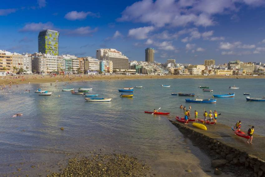 Little known facts about Las Canteras beach