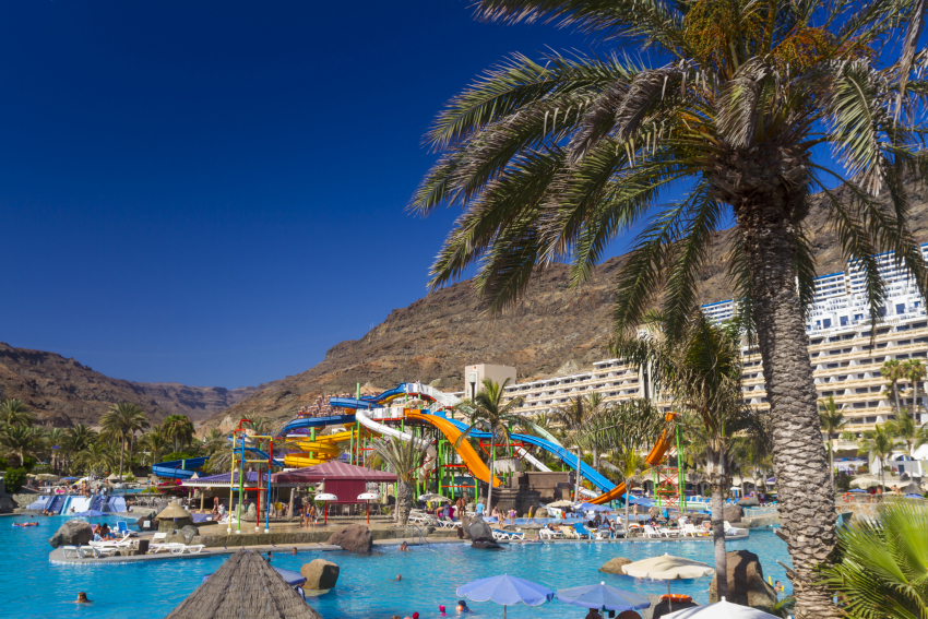Lago Taurito waterpark in south Gran Canaria is close to Puerto Rico resort
