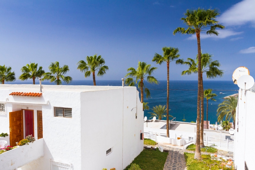 Year-round sunshine for south Gran Canaria property owners