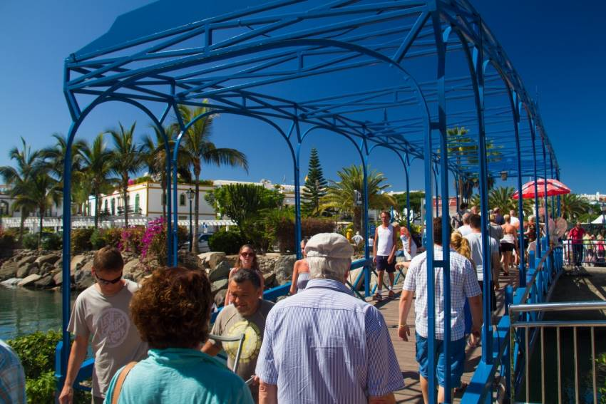 Gran Canaria Markets: Handicraft Monday in Puerto Mogan