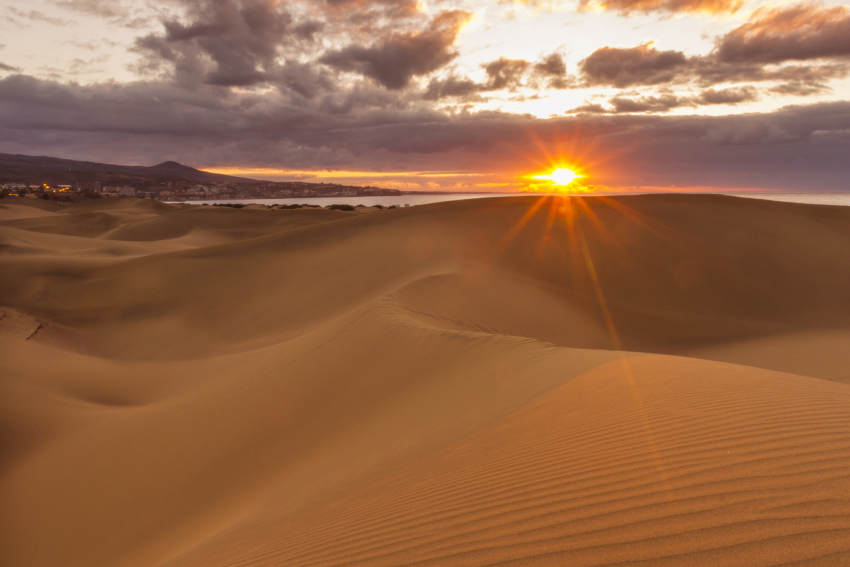 Dawn at the Maspalomas dunes by Playa del Inglés beach