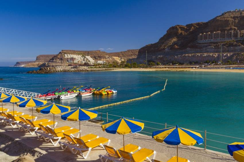 Amadores beach: A tourist favourite in Gran Canaria