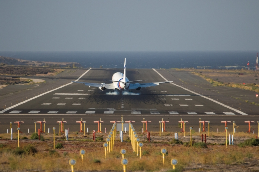 Tourism data for Gran Canaria shows record airport traffic and tourism spend