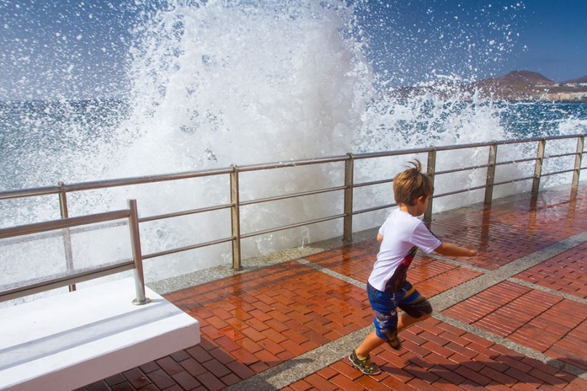 Wind, showers and big waves in north Gran Canaria this weekend. Better in the south