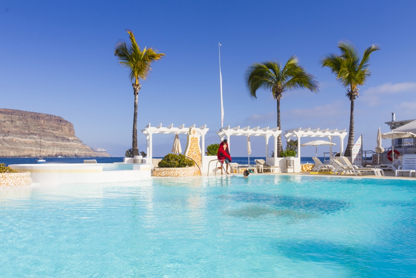 The Hotel THe Puerto de Mogan swimming pool