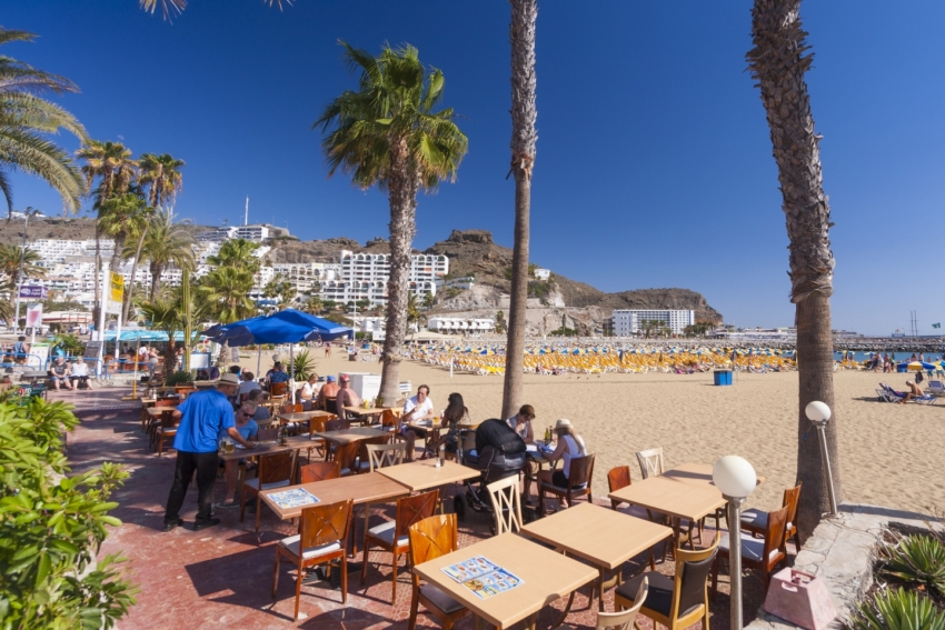 Beachside dining at Puerto Rico in Gran Canaria